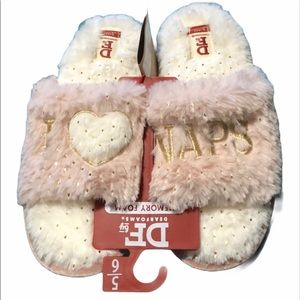 New woman's I LOVE NAPS memory slippers